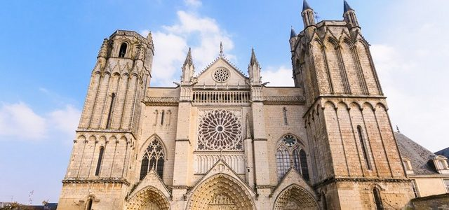 Poitiers chef lieu de la Vienne, 128 000 habitant dont 27 000 étudiant. Alors que voir et que faire ? […]
